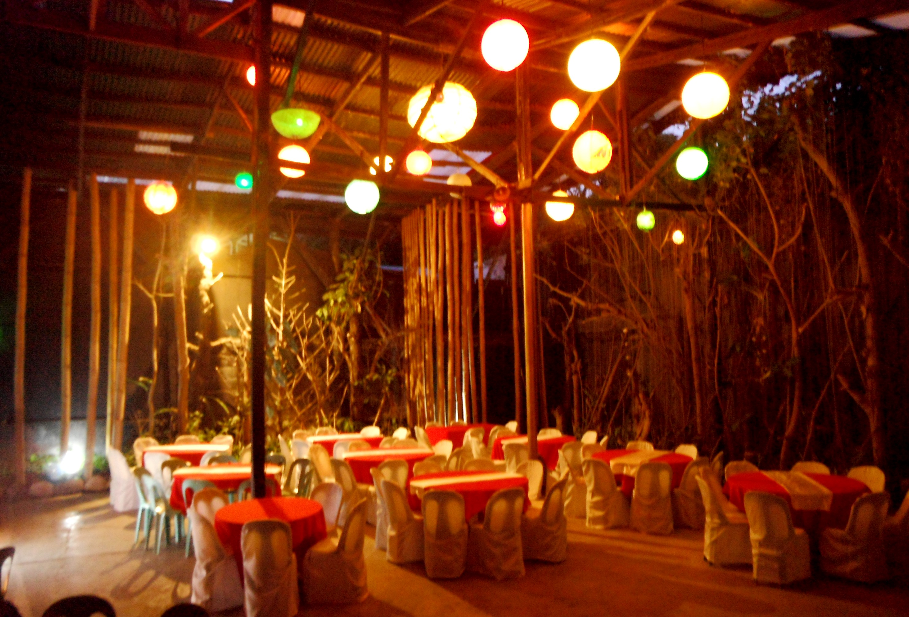 Choices Of Dining Areas Sulu Garden